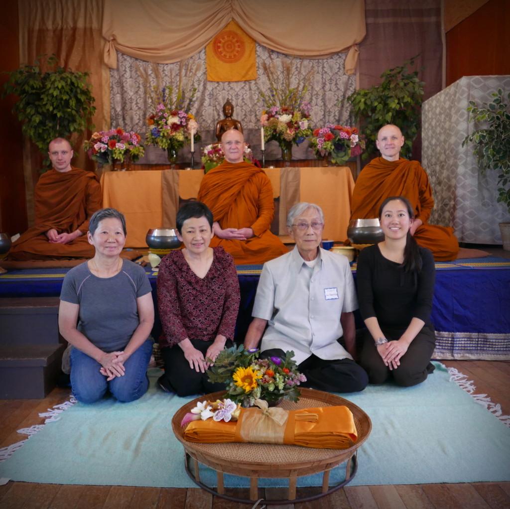 Mor Picihit & Kanchana Wathanapaisal and Family: Sponsors of the 2015 Pah Bah
